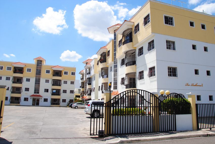 08-Residencial Radhamés I