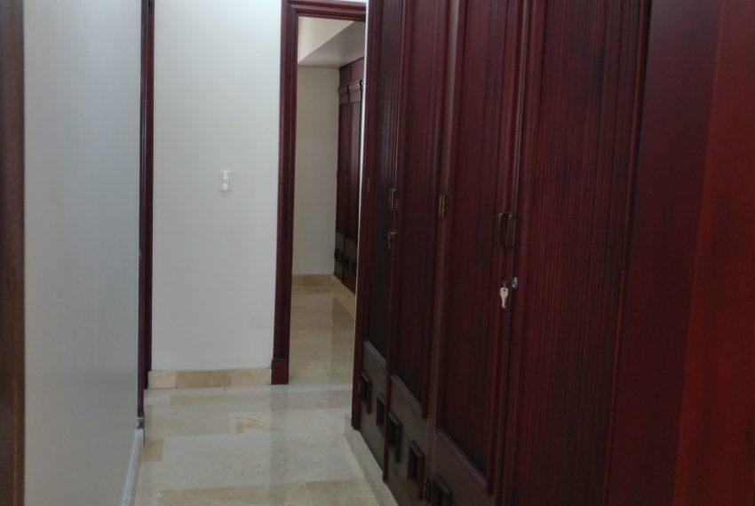 7 pasillo hacia habitaciones